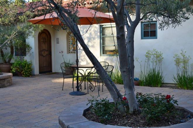 Su Nido Inn Ojai Courtyard