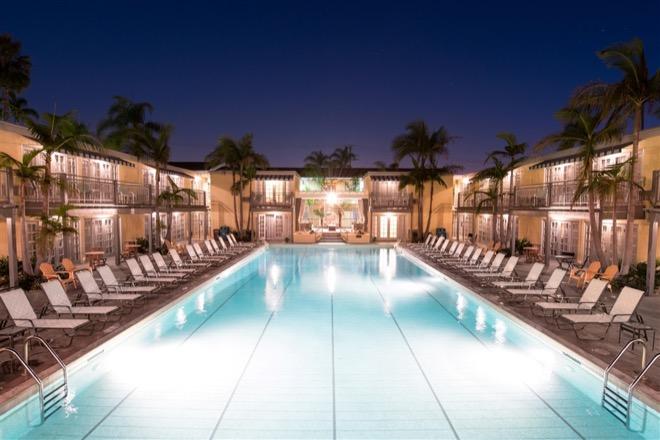 Weissmuller Pool Lafayette Hotel San Diego