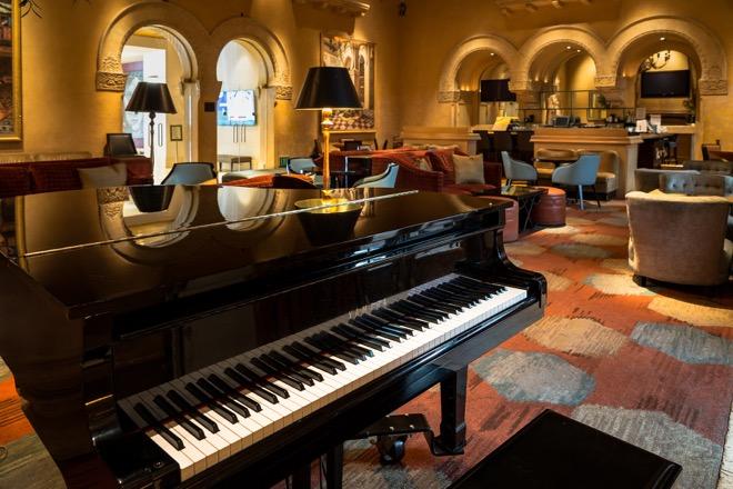 Hotel De Anza Piano