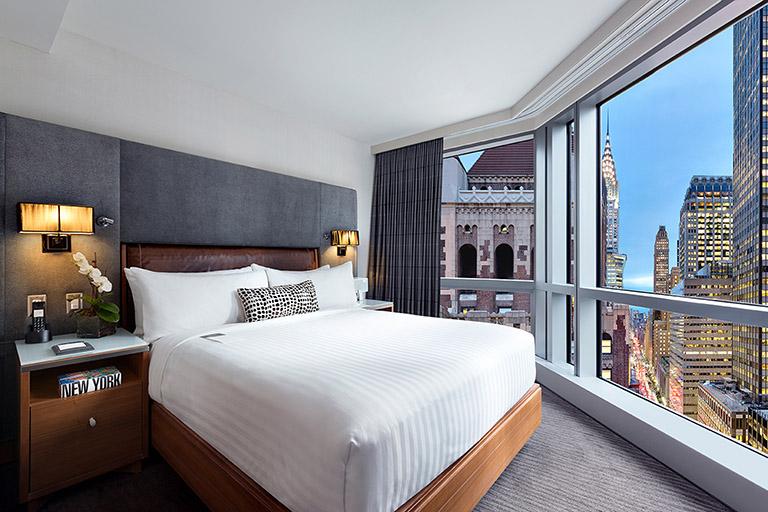 Hotel48LEX Central Suite
