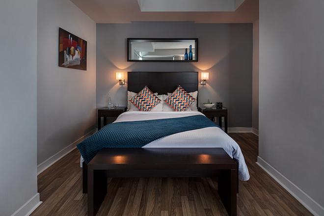 Executive Hotel Cosmopolitan Bedroom