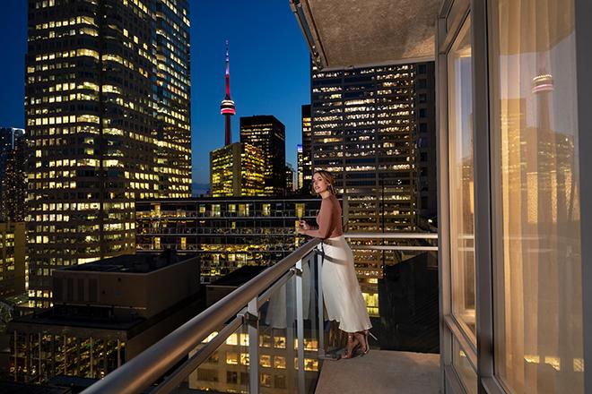 Executive Hotel Cosmopolitan Balcony