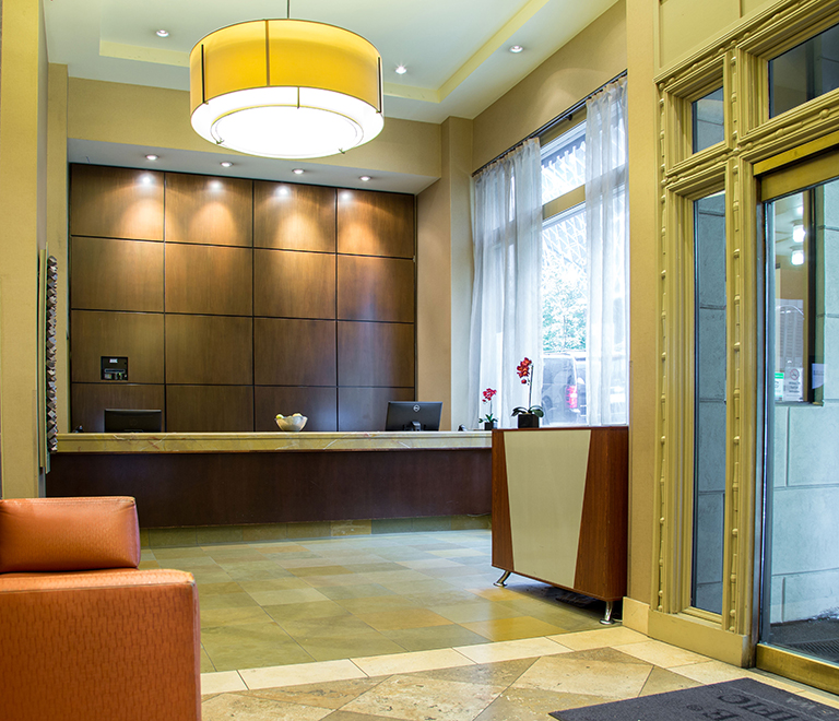 Executive Hotel Pacific Front Desk