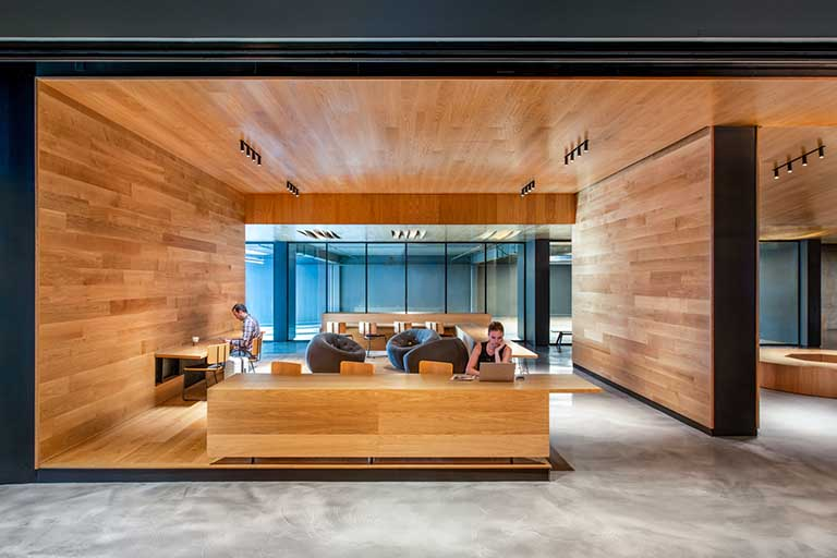 Lobby Working spaces at BEI Hotel San Francisco