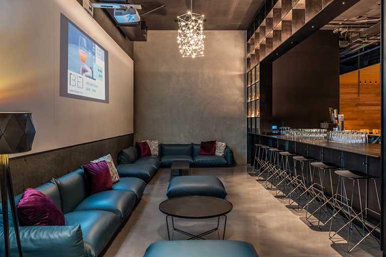 Lounge at BEI Hotel San Francisco